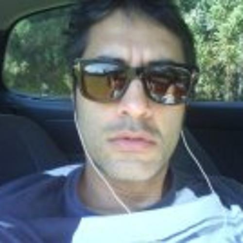 Clovis Vieira's avatar