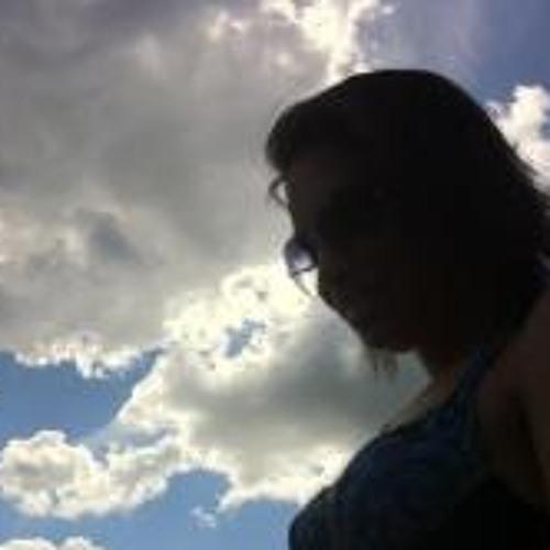 Mary Baêta's avatar