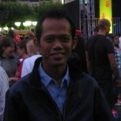 Achmad Fauzi Sahri (18)'s avatar