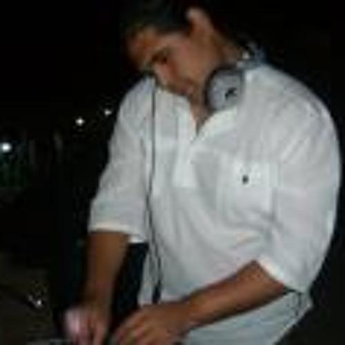 shake dj's avatar