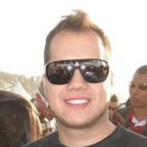 Felipe Colussi Carlet's avatar