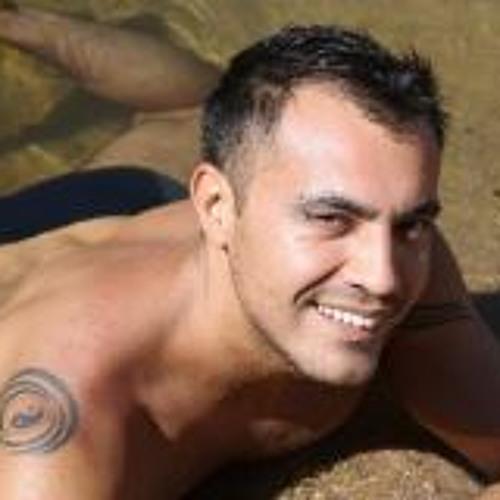 Juan Loyola's avatar
