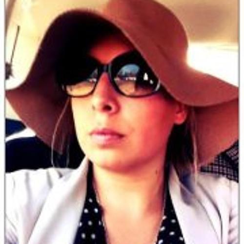 Elodie Lombardo's avatar