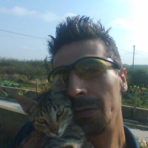 Vitor Herminio 83's avatar
