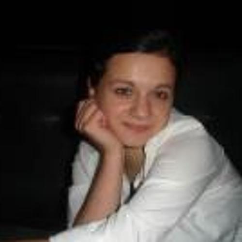 Vera  Malaya's avatar