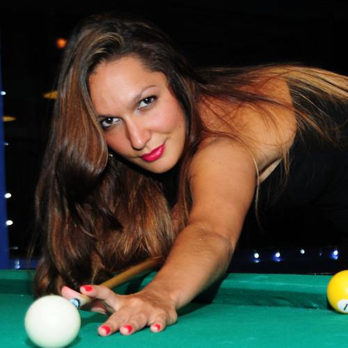 Clara Mendes's avatar
