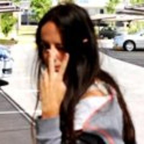 Lucia Colombo's avatar