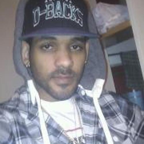 MyCk Charron B's avatar