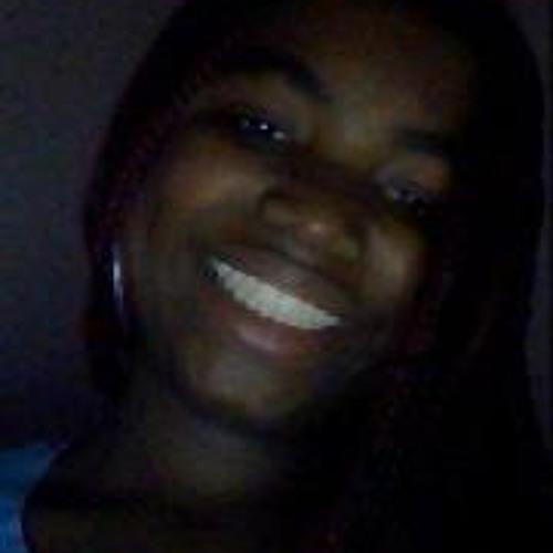 Nasia Too Cool's avatar