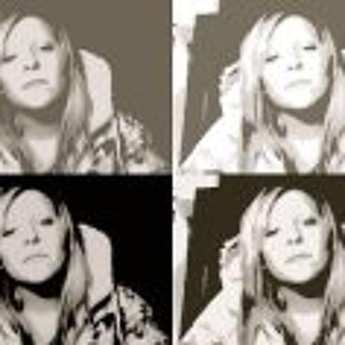 Sarah Bourbonnais's avatar