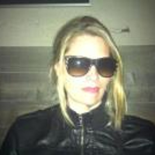 AnnaMontgomery's avatar