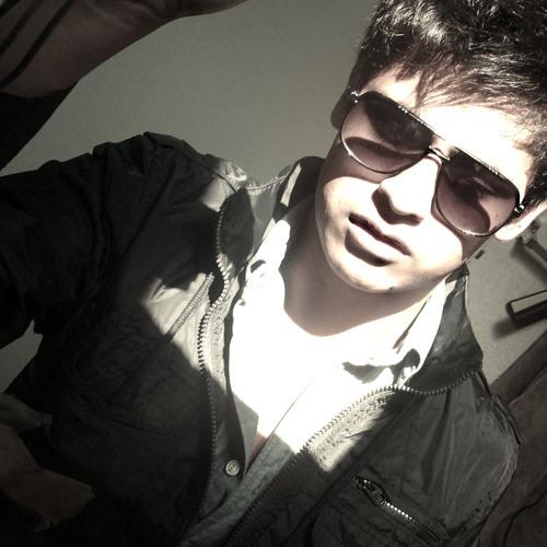 Carlos Rivera L (Dlgé)'s avatar
