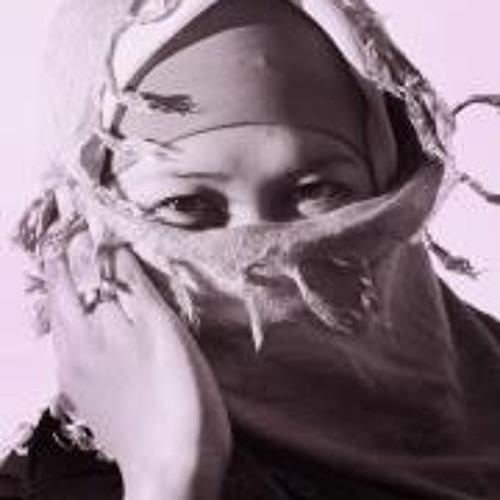 Devina Andiviaty's avatar