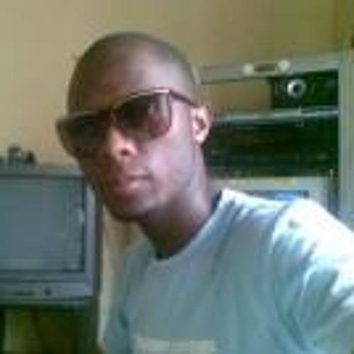 Siya Teh Chamane's avatar