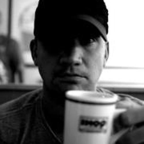 Christopher Liljebäck's avatar