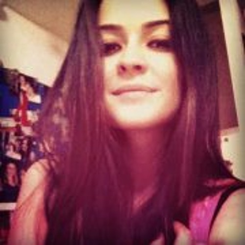 Lina Machado's avatar