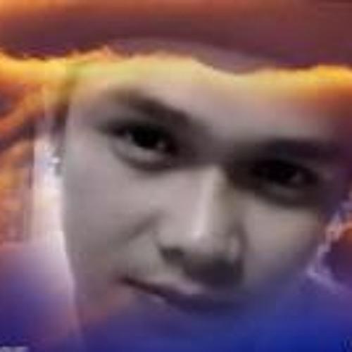 Ejames Calut's avatar