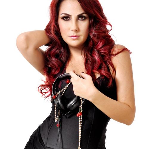 Renata Dias's avatar
