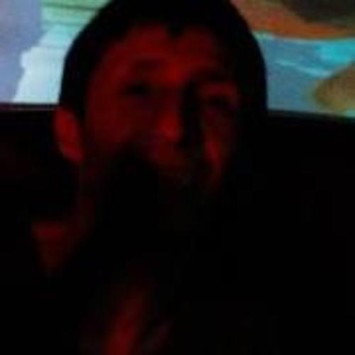 Felipe Pinedä's avatar