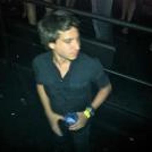 Renato Chedid's avatar