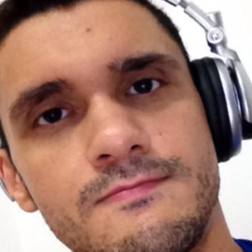 Marcos Castro's avatar
