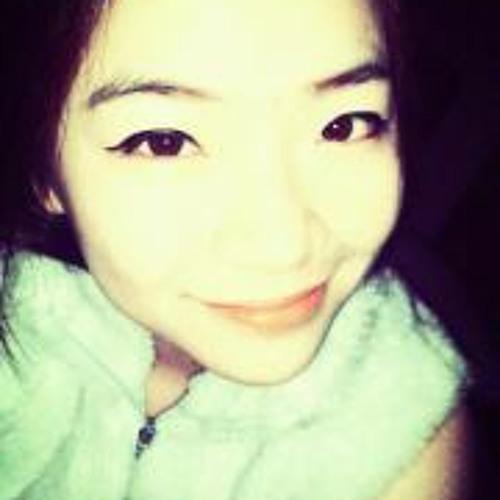 Eevorn Lee Yujuan's avatar