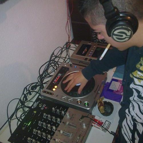KRISTIAN DJ (PREVIAAA)