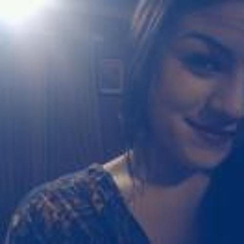 Charisel Angelle's avatar