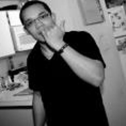 Edison Lowe's avatar