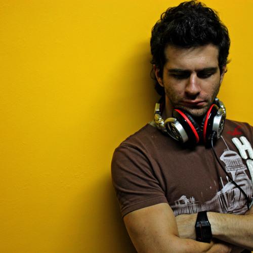 Gustavo Tomasi's avatar
