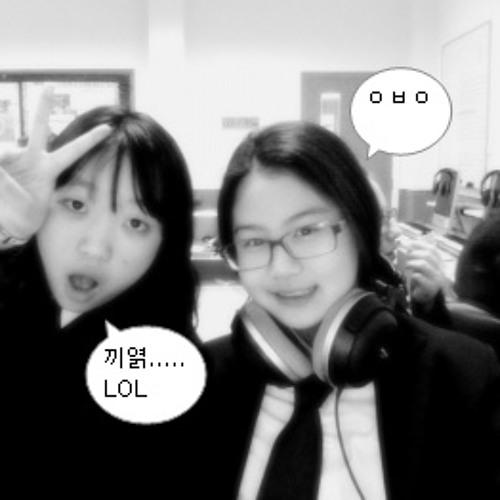 SOPHIE :)'s avatar