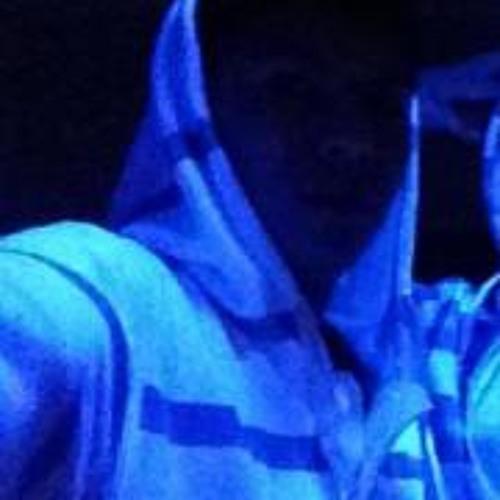 luis_2011's avatar