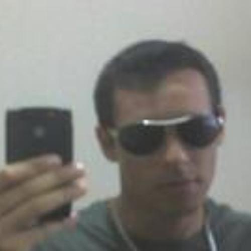 Leandro D. Guimaraes's avatar