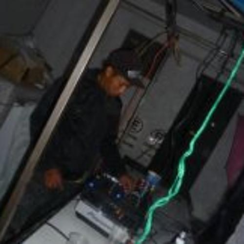 Genaro Pineda 1's avatar