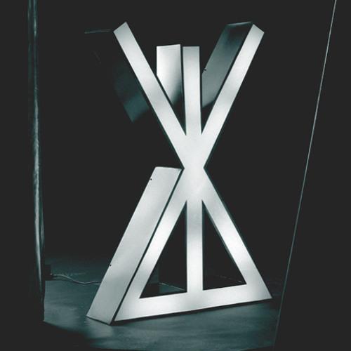 wearesingular's avatar