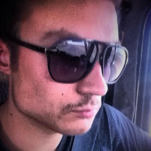 dannykov12's avatar