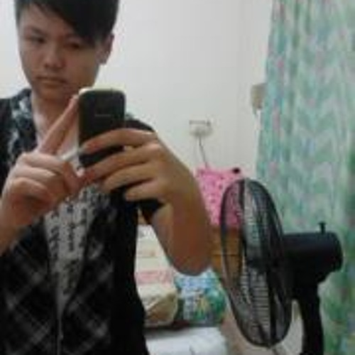 user4032281's avatar