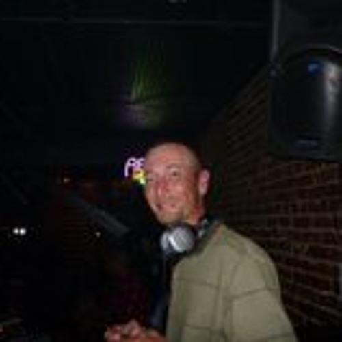 Mike Dickson 3's avatar