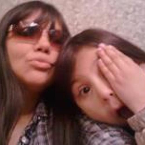 Myla Cruz Herrera's avatar