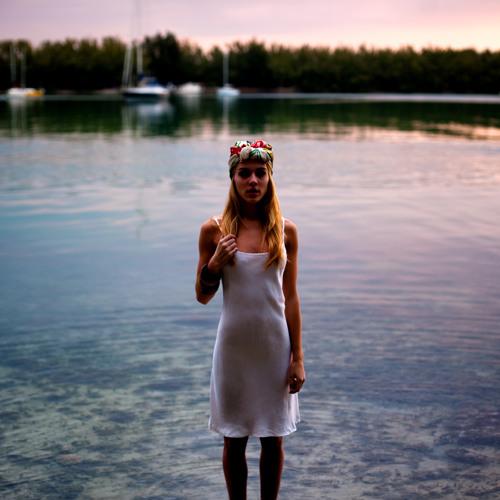 Starkillers & Nadia Ali – Keep It Coming (Starkillers and Richard Beynon Epix Mix)