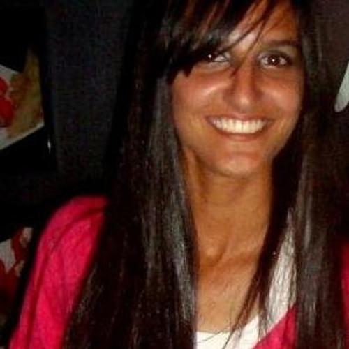 Nayara Cristina's avatar