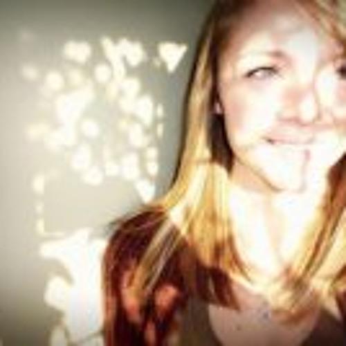 Kirstie Edwards 1's avatar