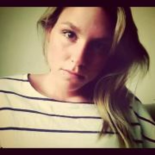Celine030's avatar