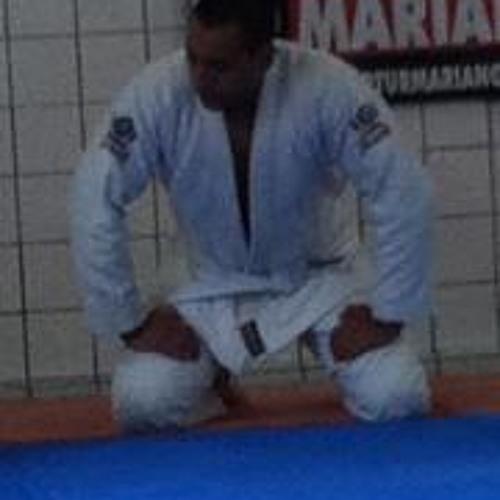 Jonas C Carvalho's avatar