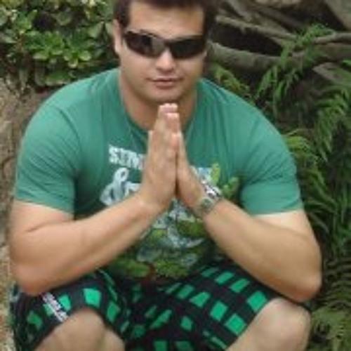 Aramis Bernardo's avatar