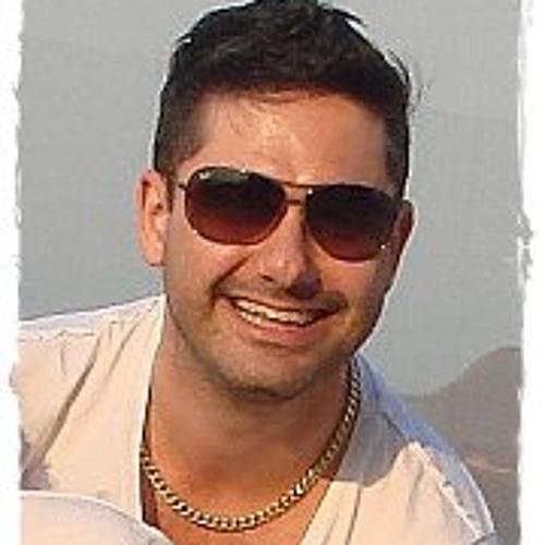 Carlos Eduardo Saturnino's avatar
