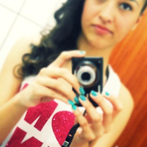 Alexa Moraes's avatar