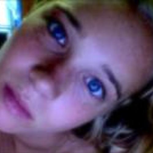 Emma Churchouse-light's avatar