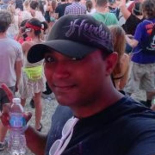 Oscar Rodriguez Carmona's avatar