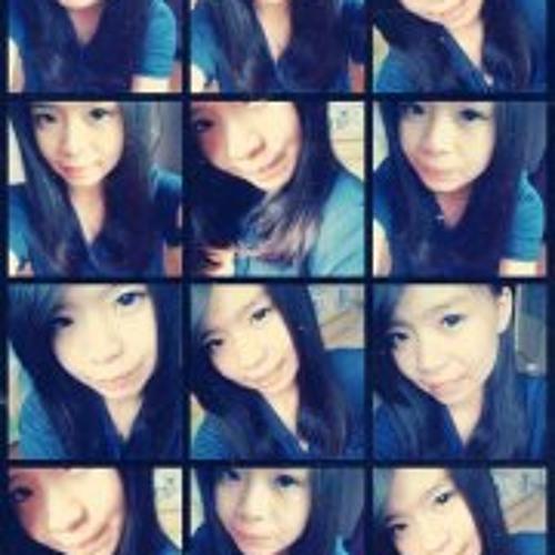Yumiko Tan's avatar